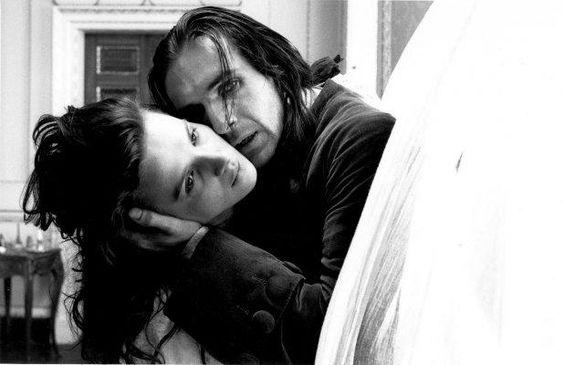 Morro dos Ventos Uivantes - blog de psicologia Melkberg - ódio - amor - Catherine - Heathcliff - filme