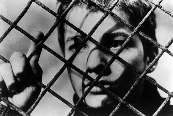 Os Incompreendidos, De François Truffaut - Analise e Resumo - blog de psicologia Melkberg - Doinel - delinquentes - François Truffaut - filme - os incompreendidos - analise - resumo - pais- infância - filho - garoto - vida - francês - educação