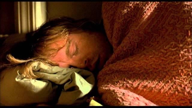 Com amor, Liza - blog de psicologia Melkberg - luto - vicio - depressao - filme - suicidio