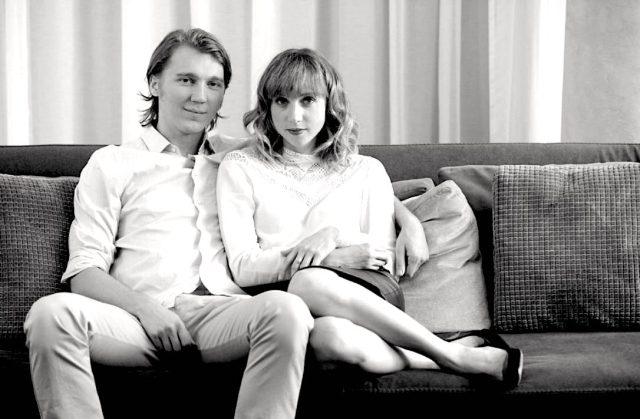 Conheça os 6 indicadores que aproximam casais parecidos fisicamente - Blog de Psicologia Melkberg - casais - parecidos - fisicamente - indicador - Zajonc
