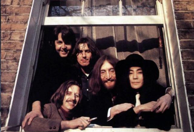 Imagine John Lennon, uma biografia resumida - parte 1 - blog de psicologia Melkberg - John Lennon - banda - mae - Beatles - anos - vida - Yoko Ono - Paul McCartney
