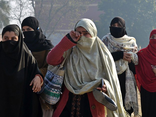 Uma garota no rio: o preço do perdão | Feminicídio no Paquistão - blog de psicologia Melkberg - Saba - Uma garota no rio: o preço do perdão - feminicídio - Paquistão - documentário - família - perdão - mulher - crime de honra